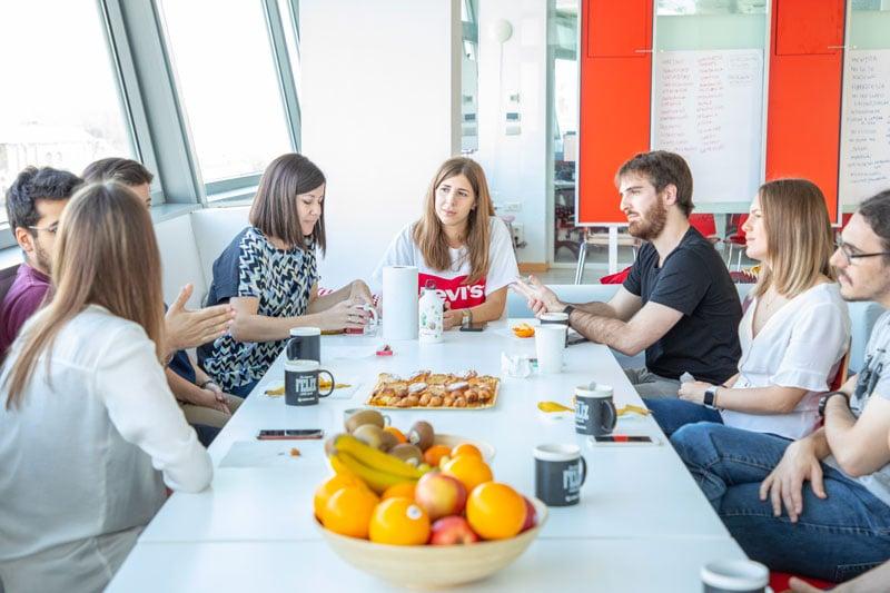 Desayunos y kit de bienvenida de Cyberclick