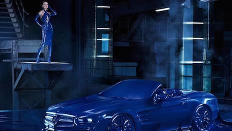 Mercedes Benz campaña internacional de publicidad online en redes sociales 2016